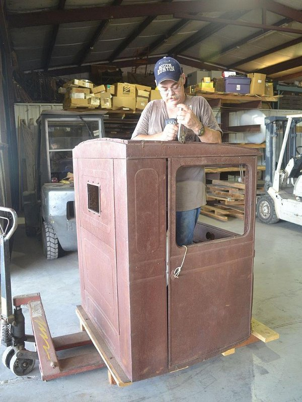 Terry Bledsoe working on the TT cab