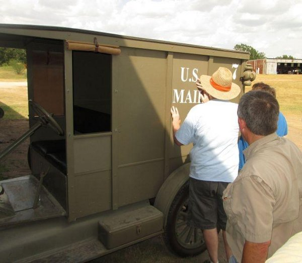 Turning the Signal Corps Model T into a U.S. Mail truck