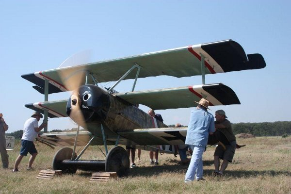Fokker Dr.I triplane engine run
